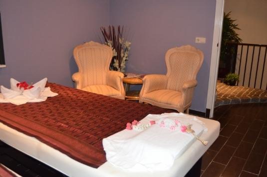 Behandlungsraum 'Kanchanaburi' Mandarin Spa Uden, Niederlande.