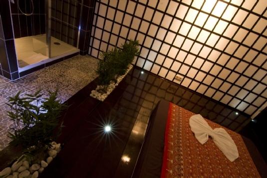 Massageraum 'Tokyo' Mandarin Spa Uden, Niederlande.